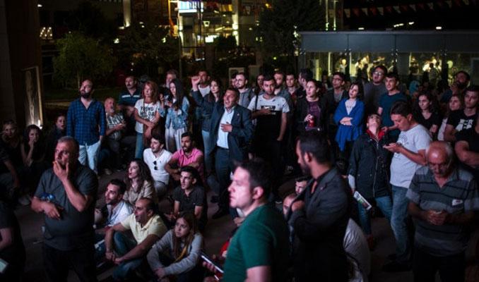 CHP Genel Merkezi önünde protesto