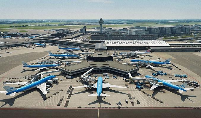 Amsterdam Schiphol Havalimanı'nda alarm!