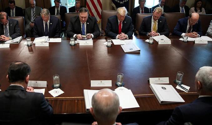 Beyaz Saray'daki kabine toplantısına dualı açılış
