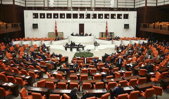 Anayasa değişiklik teklifinde 3. ve 4. madde kabul edildi
