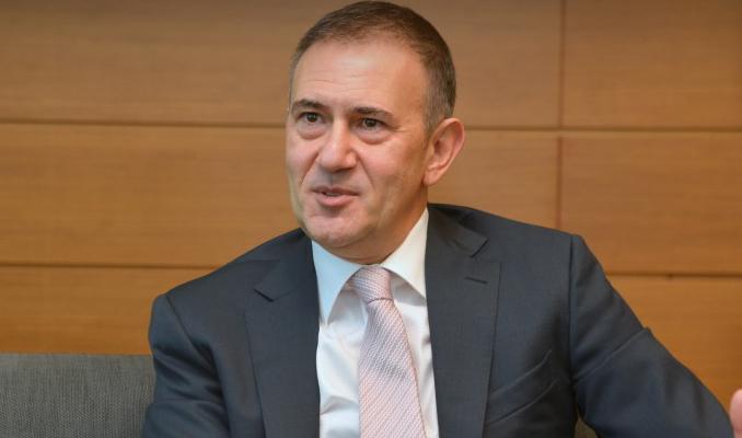 Mehmet Sezgin ABD kredi kartı pazarına imza attı