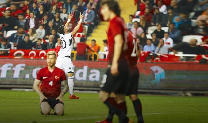 Türkiye:2 - Arnavutluk:3