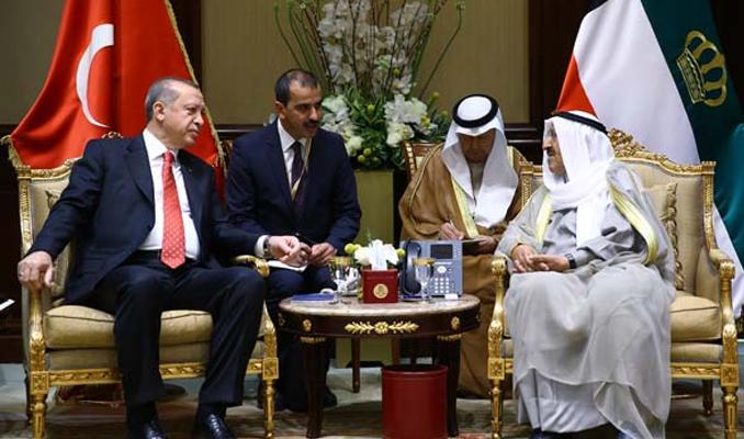 Erdoğan Kuveyt'te anlaşmaları imzaladı