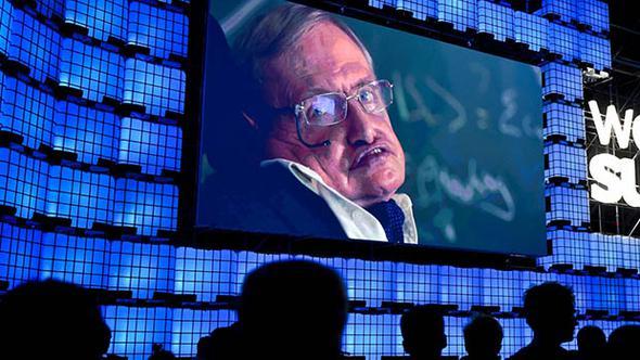 Hawking: Dünya ateş topuna dönecek, terk edin