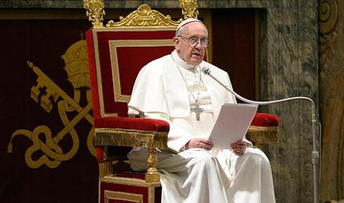 Papa Francis o katliam için özür diledi