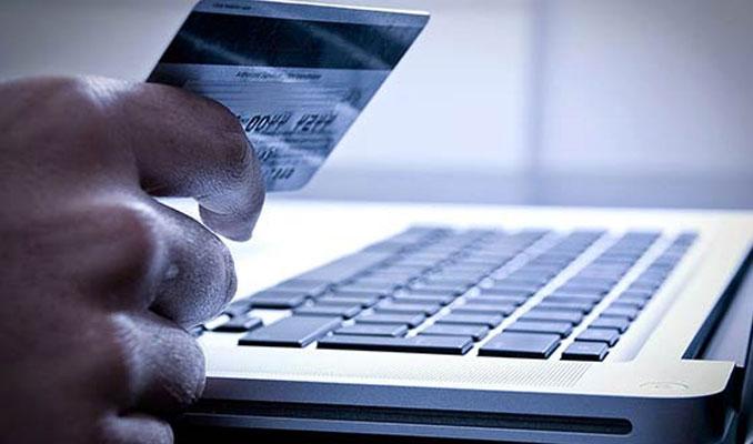 Ünlü ailenin kredi kartları kopyalandı
