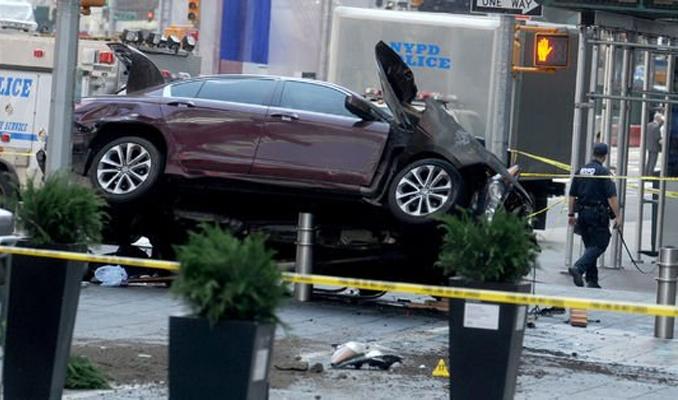 ABD'yi korkutan sürücü: Polisin vurmasını bekledim