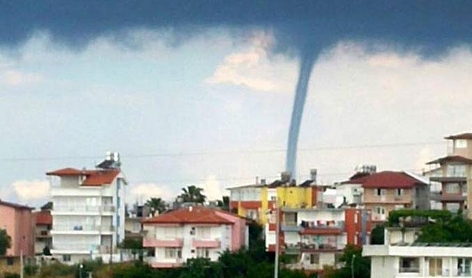 Antalya'da hortum oluştu