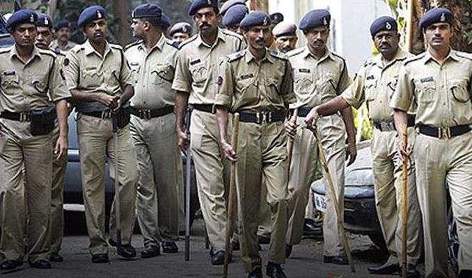 Hindistan'da çocuk kaçıran 6 kişi linç edildi