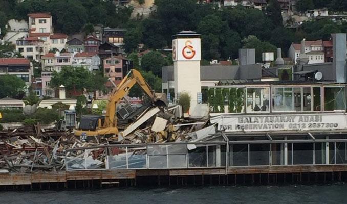 Galatasaray Adası'ndaki Yapılaşma Yıkılıyor