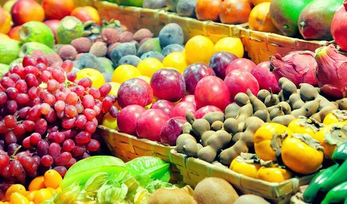 Otelciler meyve ve sebzeyi kiloyla alıyor