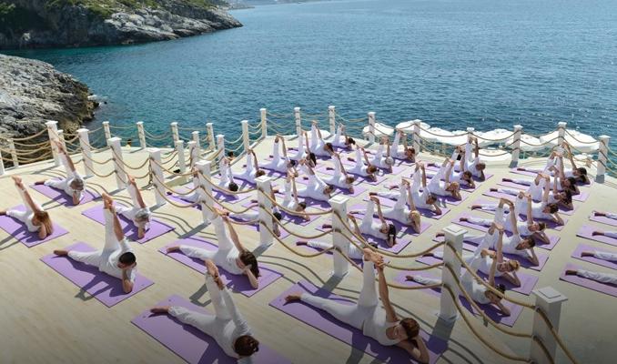 Antalya'da uluslararası yoga tatili!
