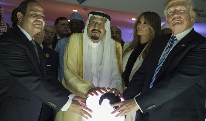 Suudi Kralı Selman, Trump ile ilgili görsel sonucu