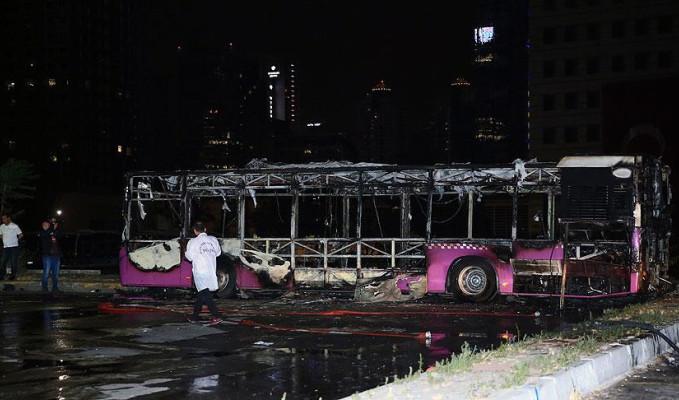 İstanbul'da İETT otobüsünde yangın