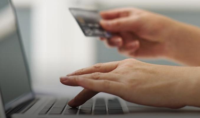 Kredi kartıyla online alışverişte yeni dönem başlıyor