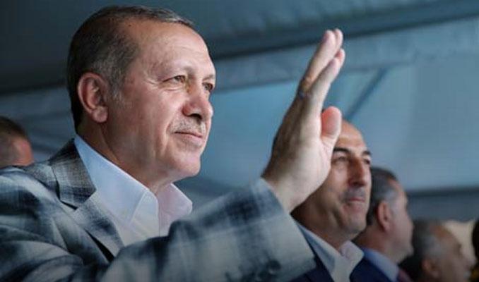 Erdoğan: AK Parti'de köklü değişikliğe gidilecek