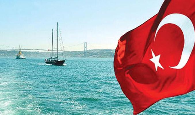 Yatına Türk Bayrağı çektirene vergi yok