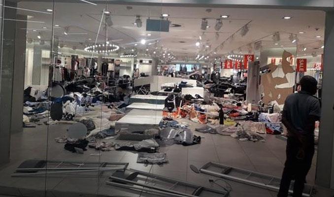 H&M'in mağazasına Güney Afrika'da saldırı