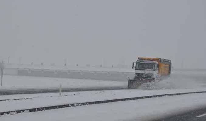 Kırklareli'nin yüksek kesimlerinde yoğun kar
