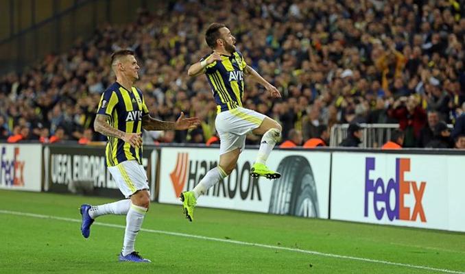 Fenerbahçe, Anderlecht'i 2-0 mağlup etti