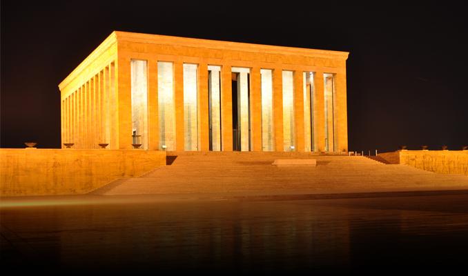 TÜSİAD Yönetim Kurulu Anıtkabir'i ziyaret etti