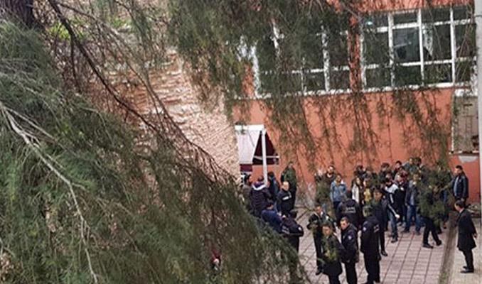 İstanbul Üniversitesi karıştı! 3 yaralı, 22 gözaltı