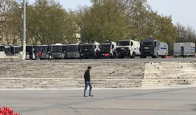 Taksim'de polis ablukası