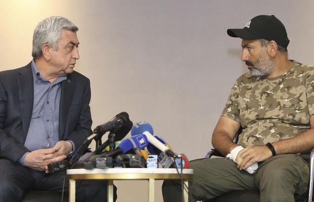 Başbakanla görüştü, gözaltına alındı