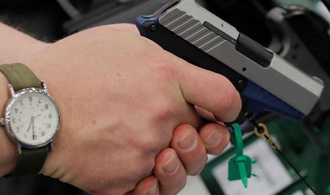 Silah çetesini takipten rüşvetçi polisler çıktı