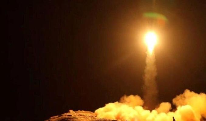 Husiler'den Suudi Arabistan'a füze saldırısı!