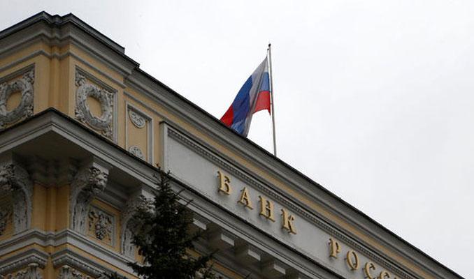 Rusya'dan döviz alımına kısıtlama geldi