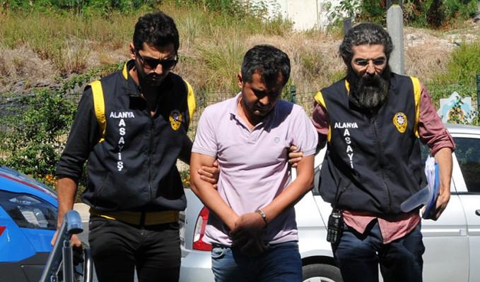 Dolandırıcılık yapan banka müdürü İzmir'de yakalandı