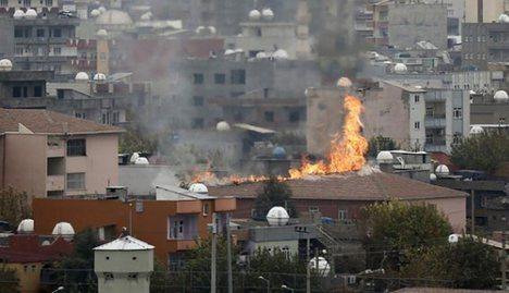 Cizre'de 18 terörist öldürüldü, 1 polis şehit