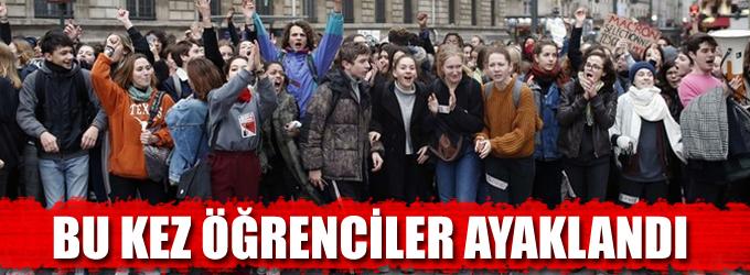 Fransa'da bu kez öğrenciler ayaklandı