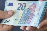 Türkiye'ye yasa dışı yollardan para göndermek isteyen şebekeye baskın