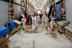 Mısır Çarşısı'nda temizlik ve dezenfeksiyon çalışması yapıldı