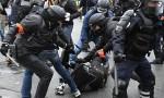 Fransa İçişleri Bakanından polis şiddeti itirafı
