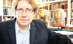 Oxford profesörüne kaçakçılık soruşturması