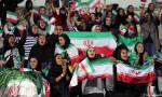 İranlı kadınlardan maç biltlerine hücum