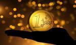 Euro Bölgesi'nin ticaret fazlası 17 milyar euro oldu