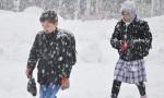 Eğitime kar engeli! Okullar tatil