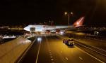 Türk iş adamının oteline koyacağı uçak otoyoldan geçti