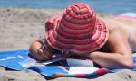 Uzun güneşlenme, deri kanserine neden oluyor