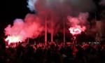 Liverpool taraftarlarından kupa kutlaması