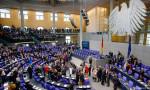 Almanya'da kamu borçlanmasında limitler kaldırılıyor