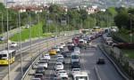 İstanbul'da boğaz köprülerinde trafik yoğunluğu oluştu
