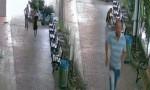 Banka müdürünü sokak ortasında dövdüler