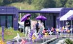 Güney Kore'de, adalara turist çekmek için her şey mora boyandı