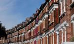 İngiltere'de konut fiyatları sert yükselişini sürdürüyor