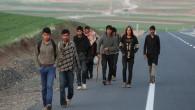 İran'dan Afganlara 'gelmeyin' çağrısı